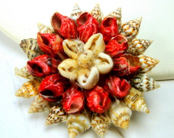 Vintage SeaShell Flower Pin, 1980s Tourist Handmade Rosette Brooch, Off White, Cranberry Red and Tan Tiny Shells ,