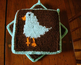 Mint Green Fat Bird Potholders - Bird Pot Holders - Bird Hot Pads - Chocolate Brown Kitchen - Home Decor - Crocheted, Crochet MADE TO ORDER
