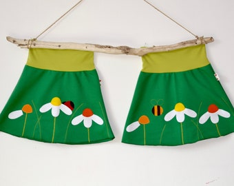 Cute twin girls daisies appliqué skirts set,twin girls clothing,matching sisters outfits,twin girls outfits,green sweat,bee and ladybird