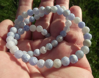 5 FIRE DRAGON VEINS AGATE 6MM BEADS. BLUE.