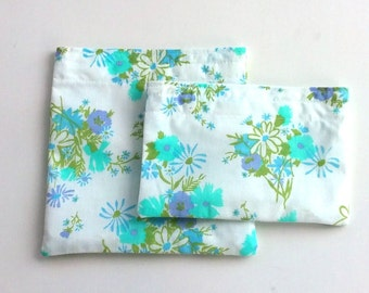 Reusable Snack and Sandwich Bags from Vintage Fabric, Spring floral, Summer floral, boho, Zero waste lunch, for her under 10 dollars