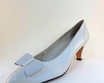 Size 9 1/2 AAA Salvatore Ferragamo Shoes Women's Designer Pumps Low Heels Narrow Fit White Shoes
