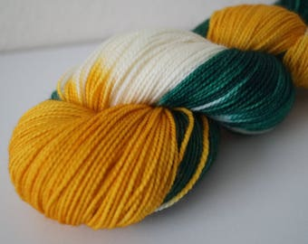 Day 2: Christmas Party on Twist Sock – Hand Dyed Yarn