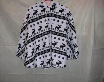 Fleece Poncho, Black reindeer on white