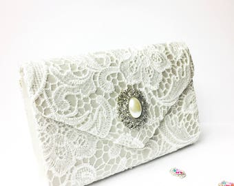 Bridal White Lace Crystal Clutch