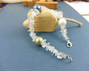 "Berg Crystal Bracelet with Shell Pearl - ""Radiant Light"""