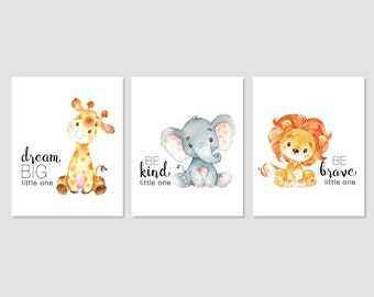 Safari pépinière Art bébé girafe éléphant Lion imprimé Jungle Decor Dream Big être genre courageux Printable Wall Art 5 x 7 8 x 8 8 x 10 11x14 Télécharger
