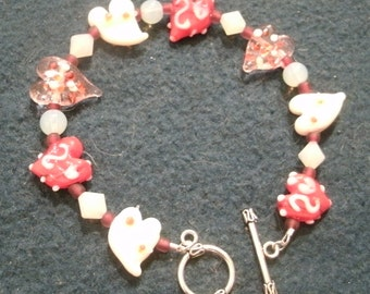 Valentine Pink and Red Lampwork Glass Heart Bead and Crystal Bracelet