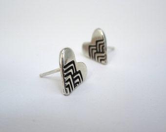 Chevron Post Earrings in Heart Shape - Sterling Silver Tiny Post Earrings with Geometric Design