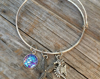 Seahorse and Starfish bracelet, Ocean Bracelet, Charm Bangle, Charm bracelet, Mermaid Bracelet