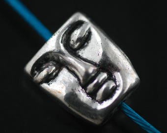 1 BEAD MAKING CRAFT 12 X 10 X 5 MM FACE.