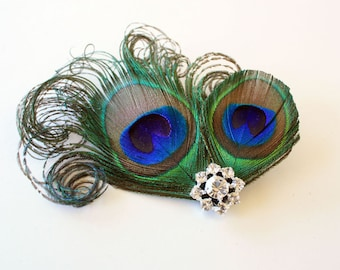 Fanciful - Peacock feather hair clip / Bridal fascinator / Feather hair accessory
