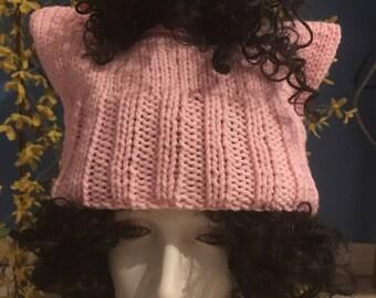 Don pour chat pour le planning familial d'oreille chatte rose messy bun chapeau. Mars Science. Marche des femmes. Tricoté, protestation résister, anime, prêt à être expédié