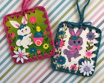 Mod Retro Bunny Rabbits - Set of 2 Crochet Ornaments / Tags / Cards - Recycled Vintage Bridge Tallies