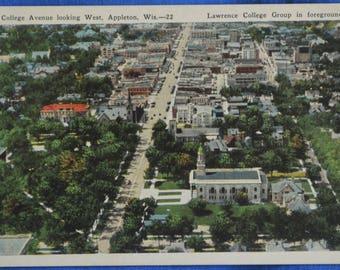 College Avenue Lawrence Group Appleton Wisconsin White Border Postcard Unused