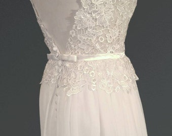 CUSTOM MADE... Ivory or White Vintage Style Cap Sleeve Low V-Back Lace Wedding Dress
