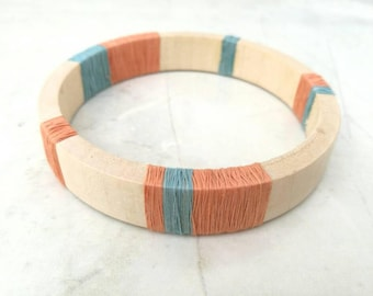 Pine wood bangle- thread wrapped - vintage reclaimed - sustainable jewellery - eco friendly gift - giftboxed bangle - wooden bangle - unique