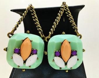"""Boucles d'oreilles Vintage Aqua Orange Ultra Violet doux Pastels blancs volets Marques à facettes pendent 3 1/2"""" piste fait à la main pour l'ete"""