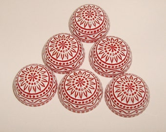 Vintage  Cabochons Etched Mosaic  Red and White 12mm.