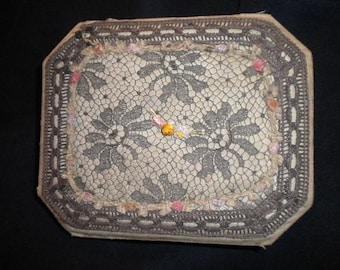 Ribbonwork Dresser Box Antique (FFs5244)