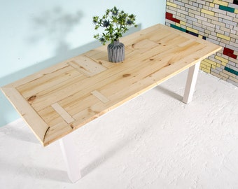 Dining table from recycled timber Helmholtz I