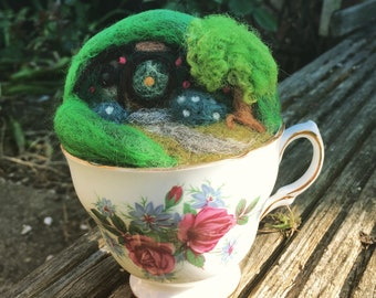 Tea cup, hobbit hole