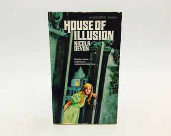 Vintage Gothic Romance Book House of Illusion by Nicola Devon 1969 Paperback