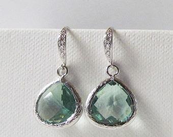 sage green earrings, light green earrings, olive green earrings, silver earrings, wedding earrings, bridesmaids gfit, bridal earrings