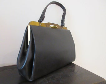 Vintage 1960's Handbag With Lucite Handle Top - Lovely!!