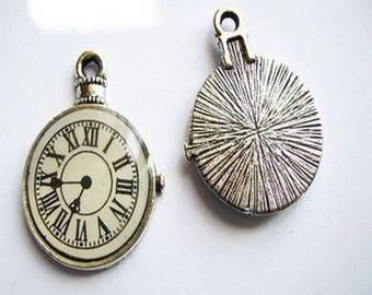 1 pendant / charm silver watch