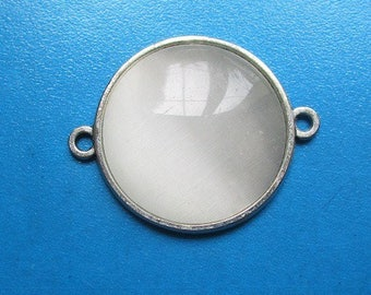25mm, connector + cat's eye, white smoky glass cabochon