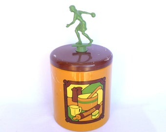 Vintage BISQUICK TROPHY TIN/ Upcycled Trophy/ Upcycled Vintage Tin