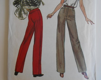 Vogue 7872 Sewing Pattern Straight legged Pants, mock fly, side front pockets size 10