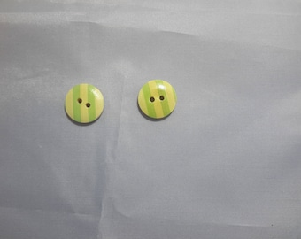 Set of 2 wooden buttons to stripes