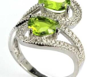 Sterling Silver Green Peridot Gemstone Ring 925  Size 8