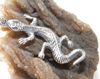 Handcrafted Oxidized.925 Sterling Silver 3D Varan Pendant
