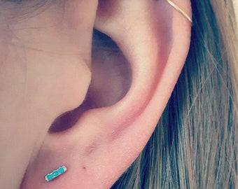 925 sterling silver Stud Earrings - 3 acrylic beads aqua blue - hypoallergenic - tarnish - waterproof - jewelry - fine
