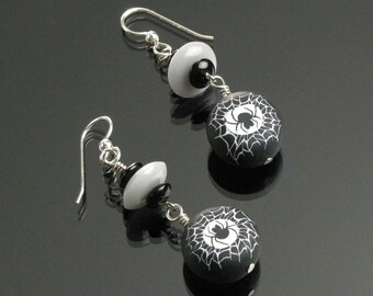 Spiderweb Earrings, Halloween Spider Earrings, Silver Spider Jewelry, Unique Halloween Jewelry, Black White Insect Earrings, Costume Jewelry