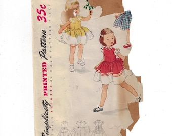 1940s Vintage Sewing Pattern Simplicity 3648 Girls Full Skirt Party Dress with Puff Sleeves Size 4 Breast 23 50s