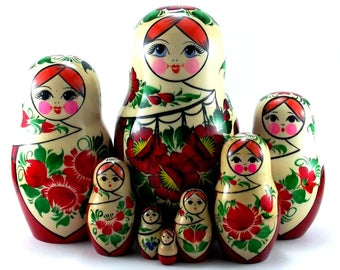 Nesting dolls 8 pcs Russian matryoshka authentic Babushka stacking wooden toy christmas or birthday gift for mom grandma daughter