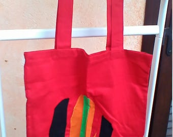 Red tote bag with cactus appliche