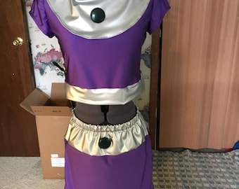 Adult costume cosplay inspired by Starfire