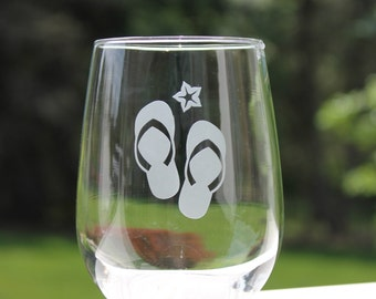 engraved stemless wine glass, Beach wine glasses, Etched Stemless wine glasses, flip flops, fun Wine Glasses, Wine Glasses, stemless wine