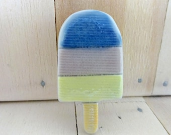 Fun ceramic lolly brooch, summer holiday brooch, ice lolly badge, seaside brooch, pastel colours brooch