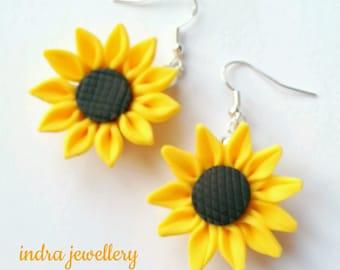 sunflower earrings, sun flowers, sunflowers, yellow sunflower, sunflower jewelry, bridal jewelry, bridal shower earrings, hen party earrings