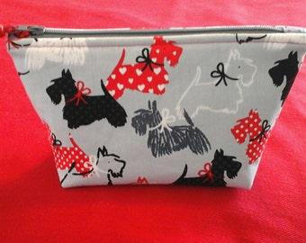 New!   Scottie dog pouch