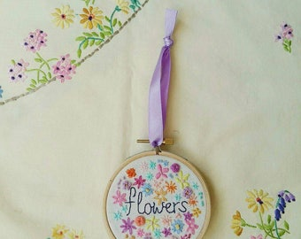 Flowers Hoop Art | Hand Embroidery | Modern Embroidery | Flower Embroidery | Summer | Wall Art | Wall Hanging | Home Decor | |