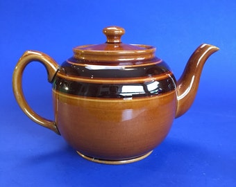 Medium 5 Cup Classic Vintage Striped Brown Betty Sadler Teapot Chipped under Spout