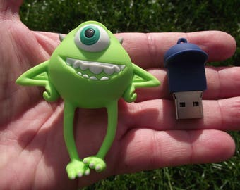 1 GB USB 8 GB CARTOON DRAWING LEAD. LENGTH: 75 MM.