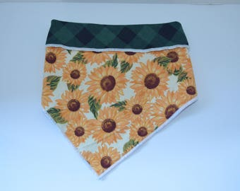 Sunflower Field / dog bandana/ dog scarf / dog neckwear / sunflower bandana / neckwear / puppy bandana / tie on / bandana / plaid bandana